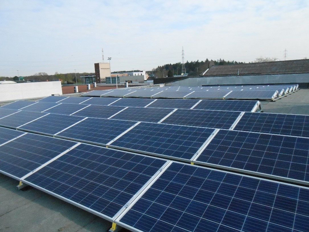 Energie & CO(2) café 6: Een vraag over zonnepanelen? Stel ze aan Zonnewind!