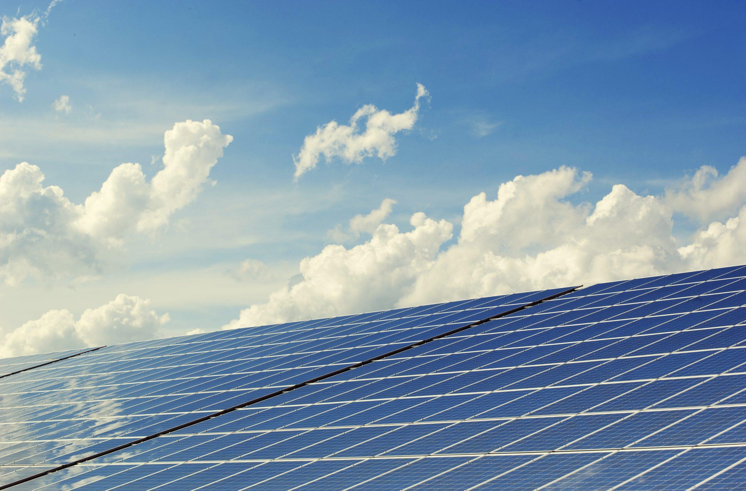 Burgercoöperaties halen raamcontract zonnepanelen Vlaams EnergieBedrijf (VEB) binnen